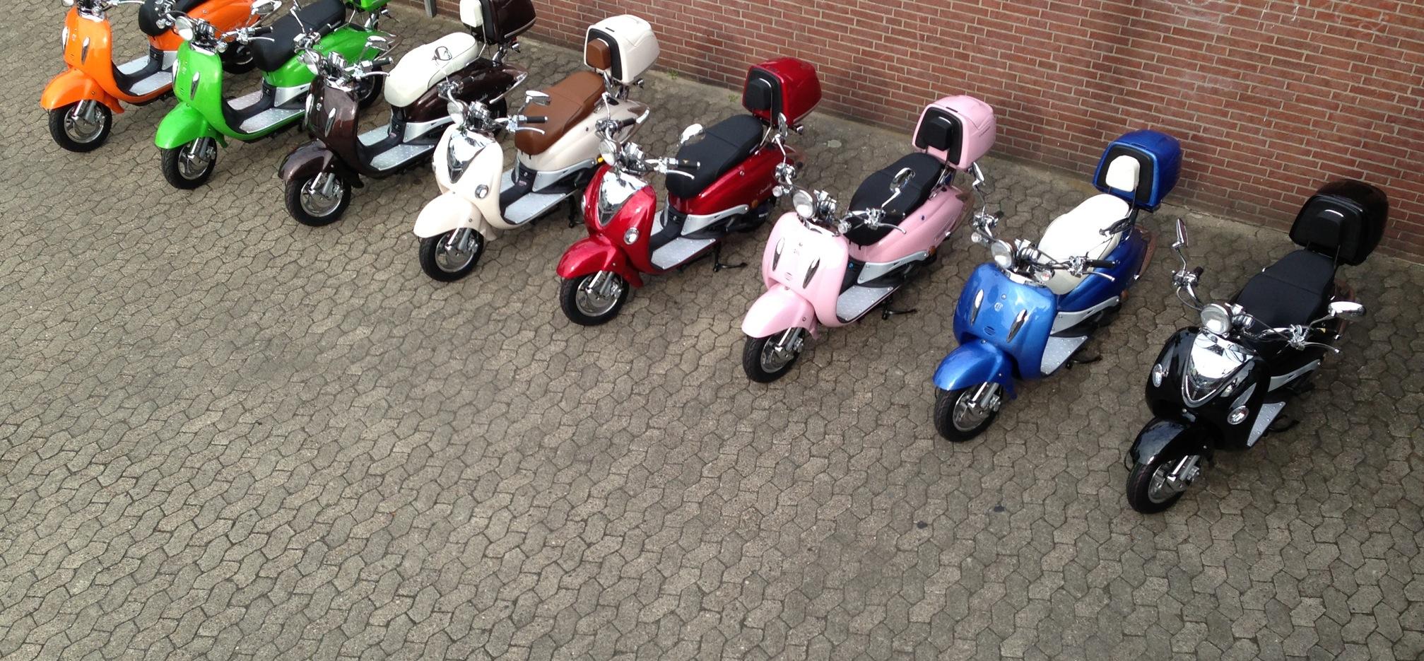 Roller 50 ccm Mofa 25km/h